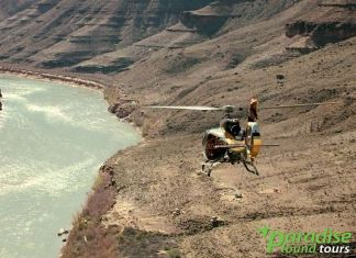 Our Grand Canyon tours from Las Vegas give visitors a chance to enjoy the canyon floor by helicopter