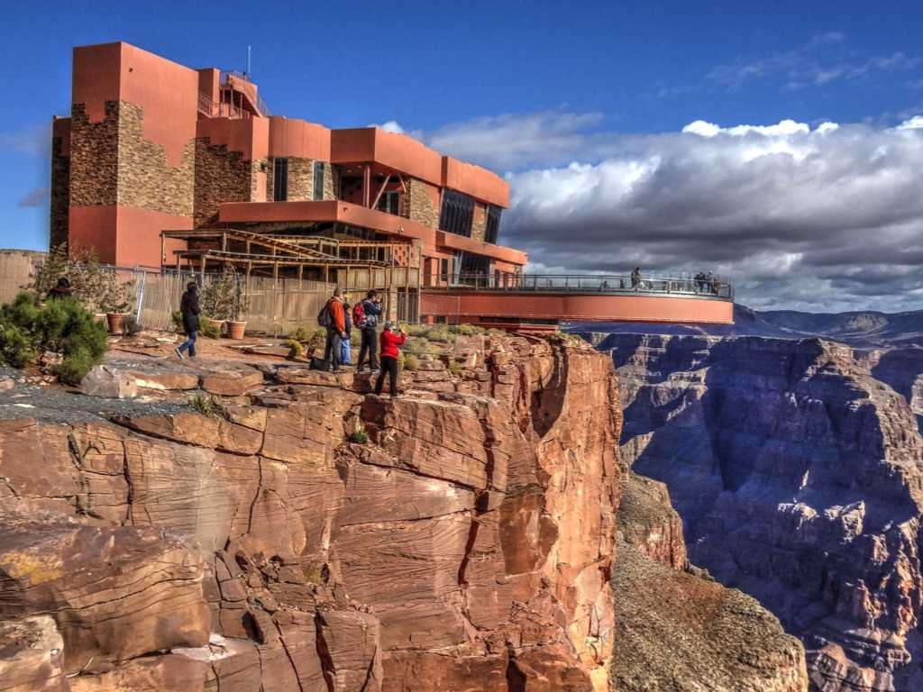 [Image: grand-canyon-skywalk-west-rim.jpg]