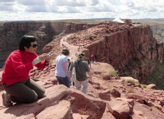 Our Grand Canyon tours from Las Vegas give visitors a chance to enjoy the canyon and take thrilling photos