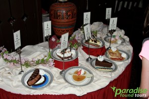 Desserts beckon to be eaten at the Grand Canyon El Tovar Hotel